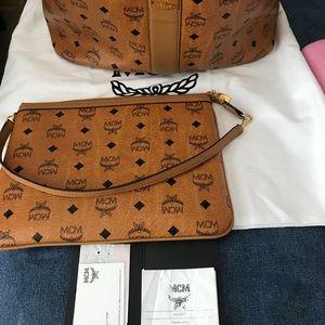 Authentic Reversible Liz Shopper Visetos